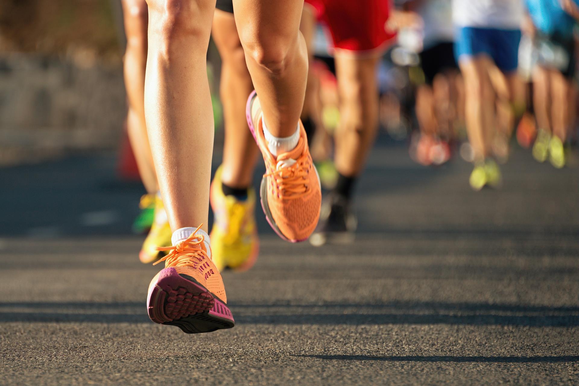 saúde, estudo, quatro, maratona, artérias, vascular, University, segundo, Barts, Pesquisadores, idade, cortando, melhora, completá-la, corredor, cerca, Treinar