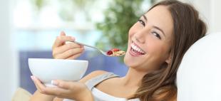 Alimentação pode ajudar a aliviar os sintomas da TPM