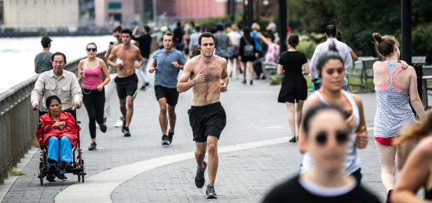 Exercício ou remédio: o que é melhor para reduzir pressão alta e a barriga?