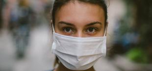 Máscaras faciais durante surtos: quem, quando, onde e como usá-las