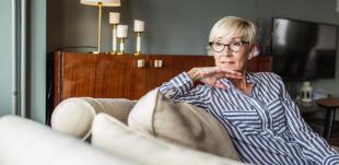 Ficar muito tempo sentada aumenta risco de insufiência cardíaca em mulheres