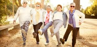 8 atitudes que ajudam a ter longevidade, mas adotamos menos ao envelhecer
